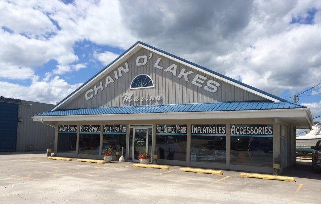 Welcome to Chain O'Lakes Marina!